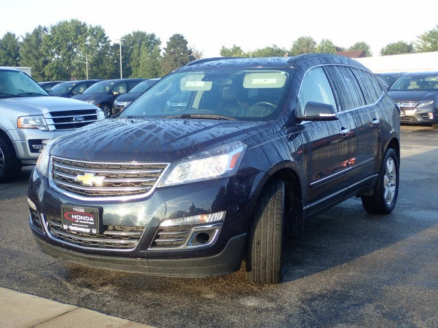 Pre-Owned 2015 Chevrolet Traverse LTZ