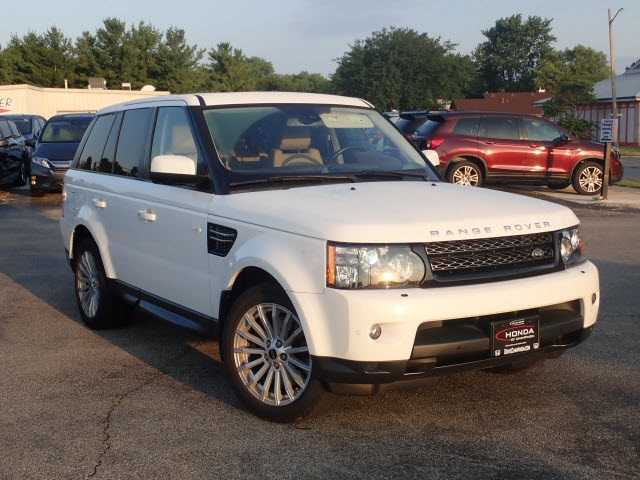 Pre-Owned 2013 Land Rover Range Rover Sport HSE