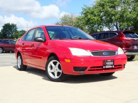 Pre-Owned 2005 Ford Focus ZX4